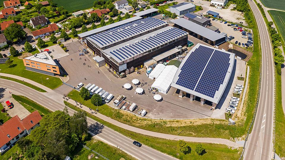Gumpp & Maier Firmenzentrale: Firmengelände des Holzbau-Unternehmen Gumpp & Maier GmbH in Binswangen.
